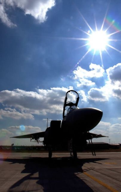 F-15E - Catchin' some rays Picture