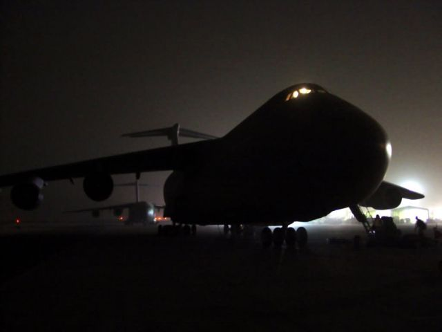 C-5 Galaxy - Waiting for daylight Picture