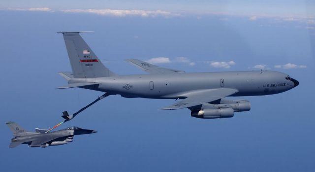 KC-135 - KC-135 Stratotanker Picture