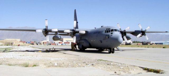 C-130 Hercules - Pit stop Picture