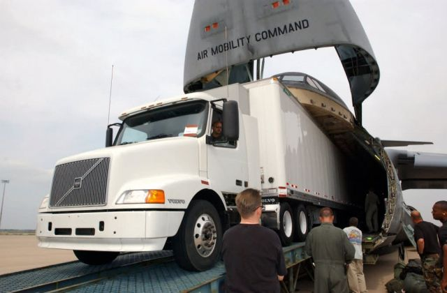 C-5 Galaxy - Heavy load Picture