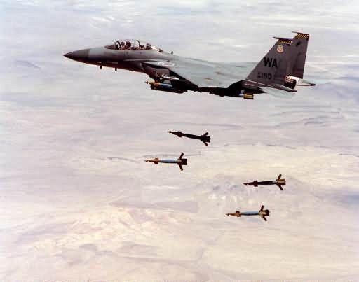 GBU-27 - Bombs away Picture