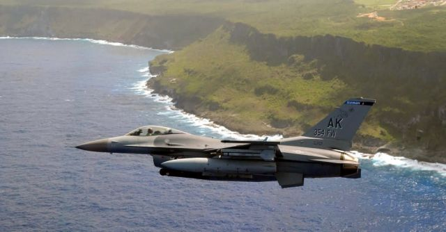 F-16 Fighting Falcon - Cruising Picture