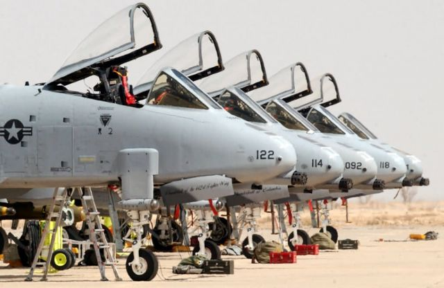A-10 Thunderbolt II - Warthog row Picture