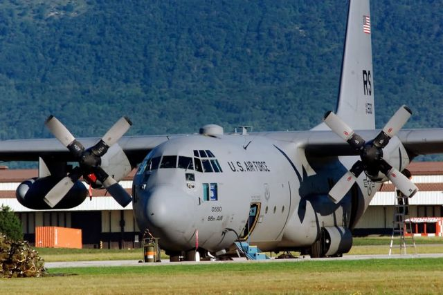 C-130E - Special delivery Picture