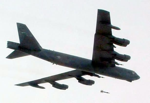 B-52 Stratofortress - B-52 dons new upgrade Picture