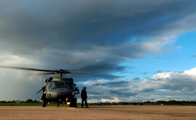 HH-60G Pave Hawk - Prep for flight Picture