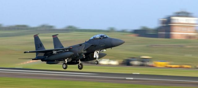 F-15E Strike Eagle - Engage afterburner Picture