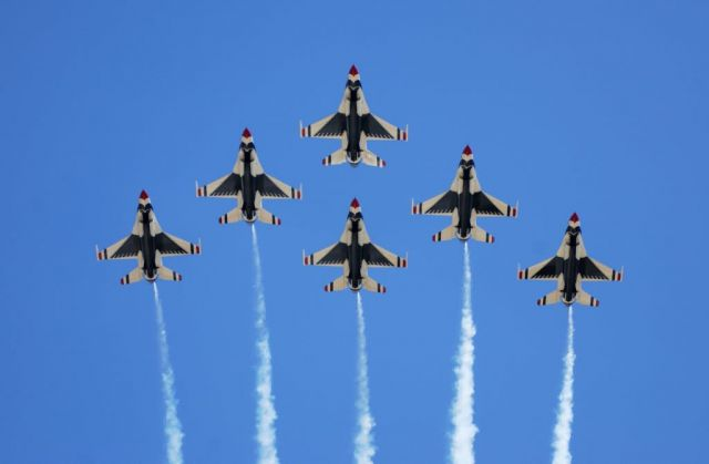 Thunderbird - 6-ship formation Picture