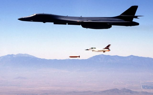 B-1B Lancer - Bombs away Picture