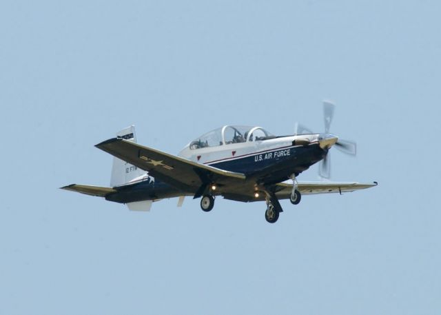 T-6A Texan II - Gear down pass Picture