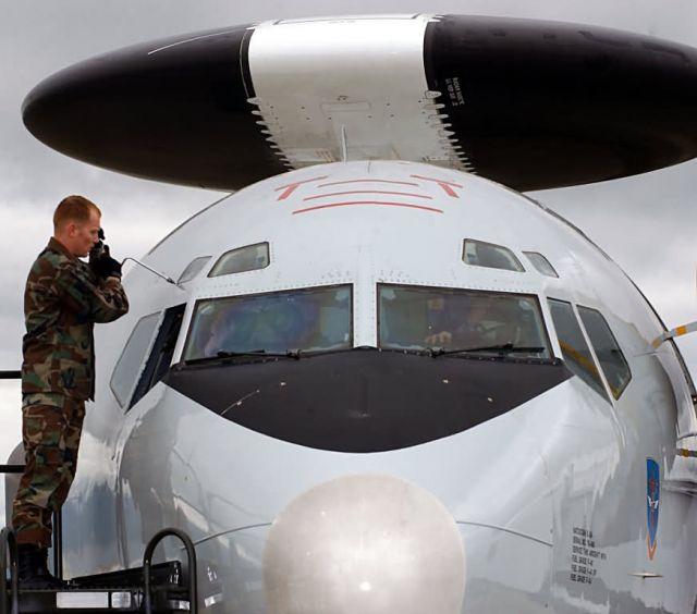 E-3A - Windshield repair Picture