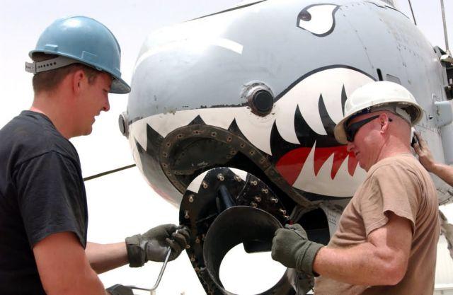 A-10 Thunderbolt II - Thunderbolt repair Picture