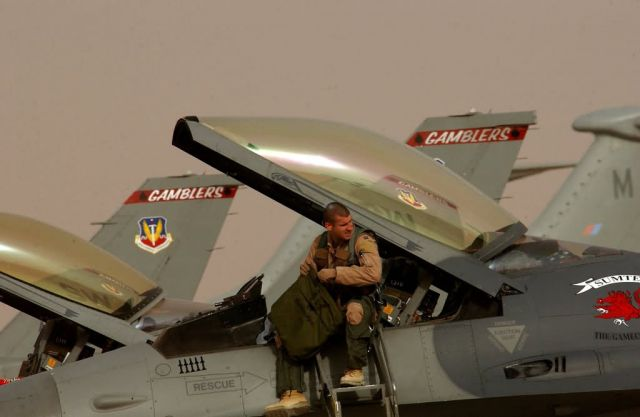 F-16 Fighting Falcon - Ayers Picture