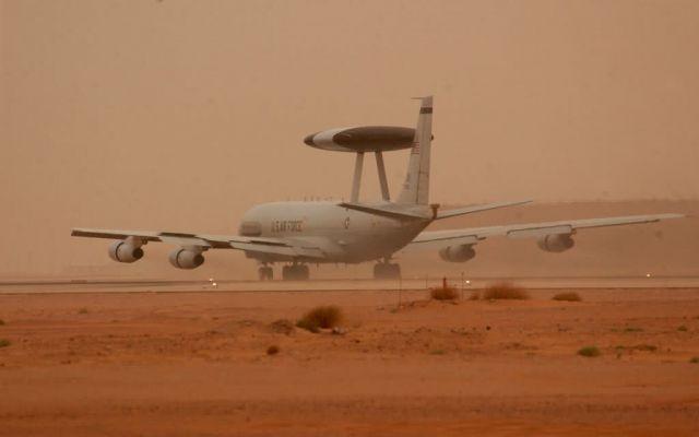 E-3 AWACS - Recon mission Picture