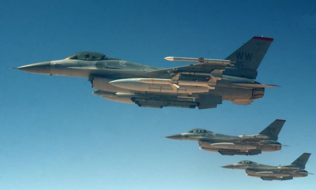 F-16 Fighting Falcons - Wild Weasel trio Picture