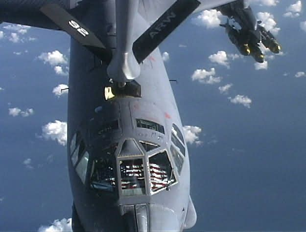 KC-135 Stratotanker - The Buff refuels Picture
