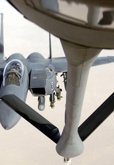 F-15E Strike Eagle - Eagle pit stop Picture