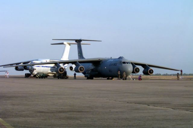 C-141 Starlifter - C-141 Starlifter Picture