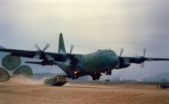 C-130 Hercules - Combat drop Picture