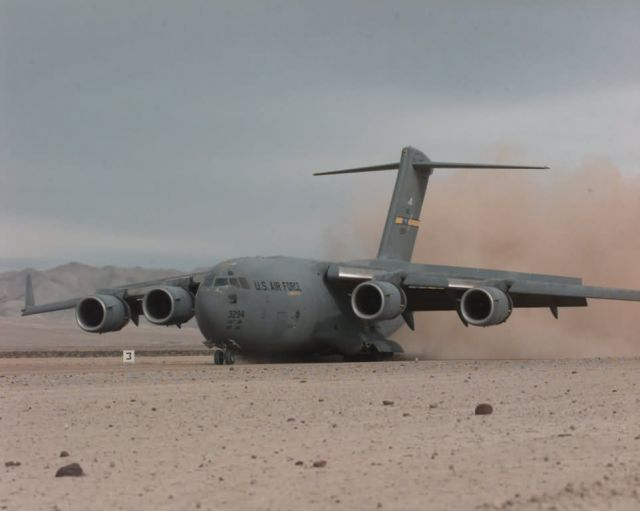 C-17 Globemaster III - C-17 Picture