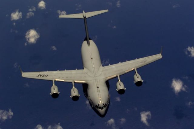C-17 Globemaster III - Blue skies Picture