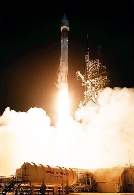 Atlas II/Centaur rocket - Atlas II Picture