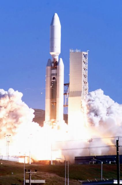 A Titan IV-B rocket Picture