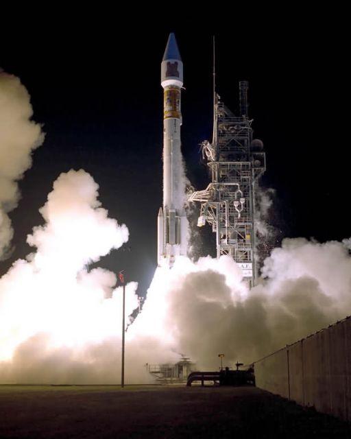 Atlas IIAS Rocket Picture