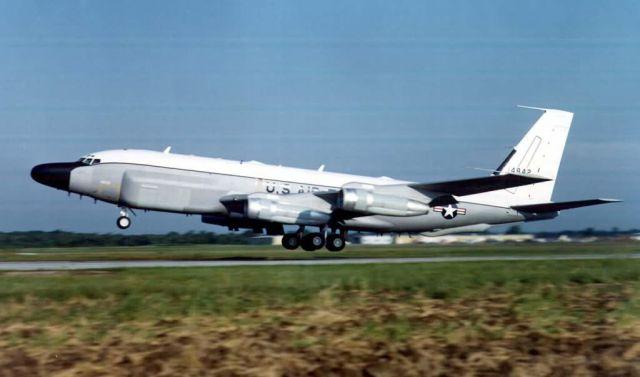 RC-135 reconnaissance aircraft - RC-135 RJ Picture