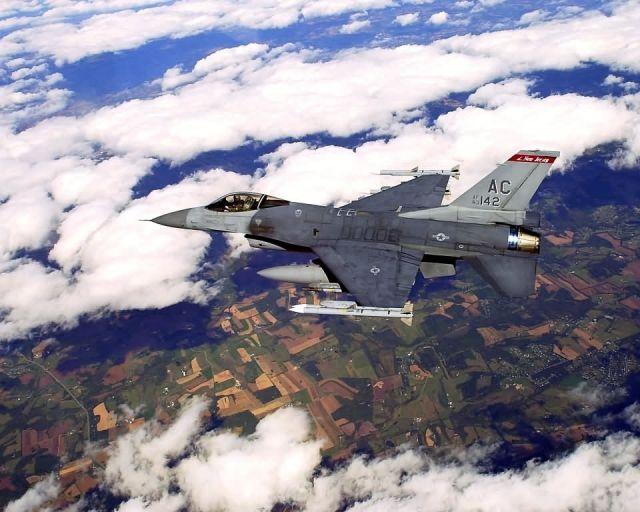 F-16C Fighting Falcon - CAP Picture