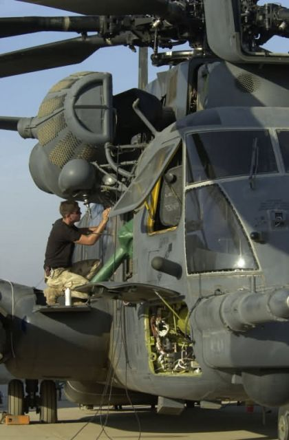 MH-53J Pave Low III - Preparing the Pave Low Picture