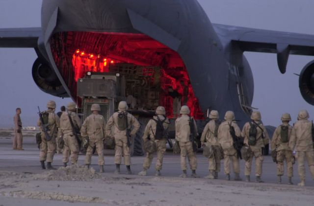 C-17A Globemaster III - All aboard Picture