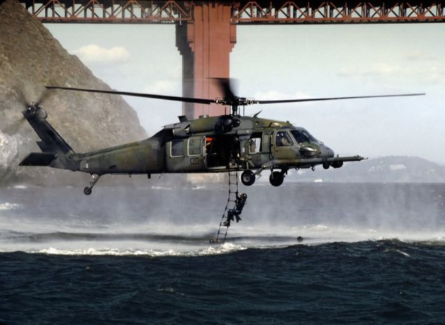 HH-60G Pave Hawk - Golden Gate rescue Picture