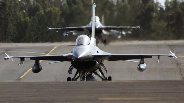 F-16 Fighting Falcons - Arrival Picture