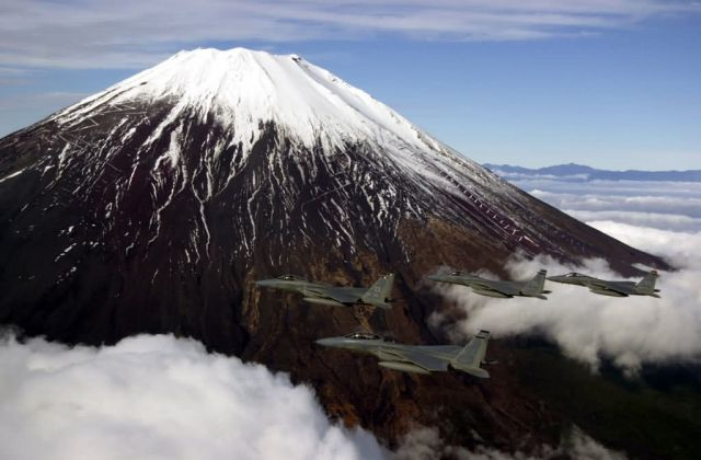 F-15C - Mount Fuji fly by Picture