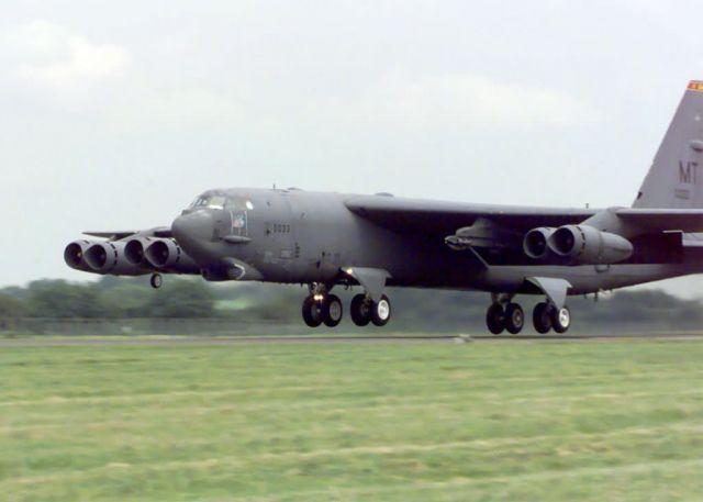 B-52 Stratofortress - Homeward bound Picture