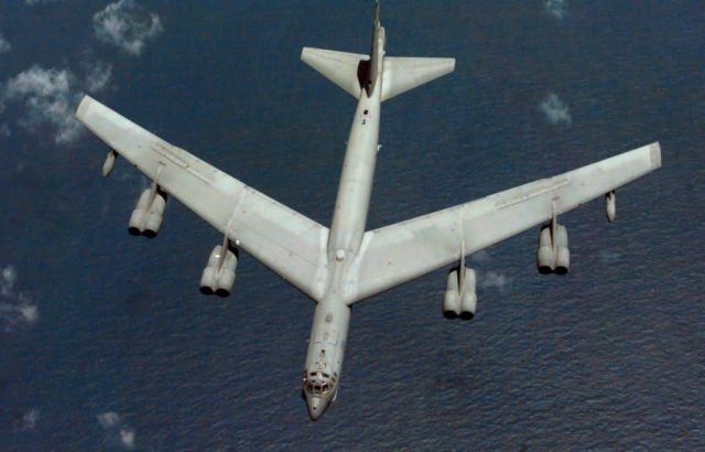 B-52H Stratofortress - Buff top view Picture