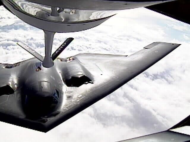 B-2 Spirit bomber - Atlantic refueling Picture