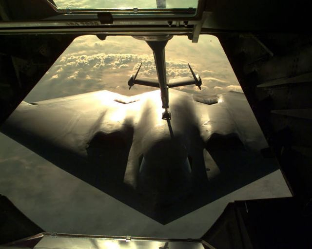 B-2 Spirit bomber - Fill up the tank Picture
