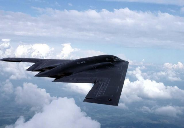 B-2 Spirit bomber - Into the blue Picture