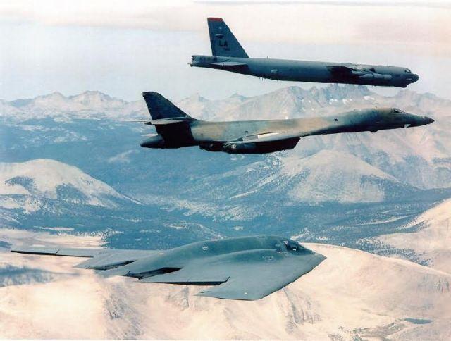 B-2 - Bomber trio Picture
