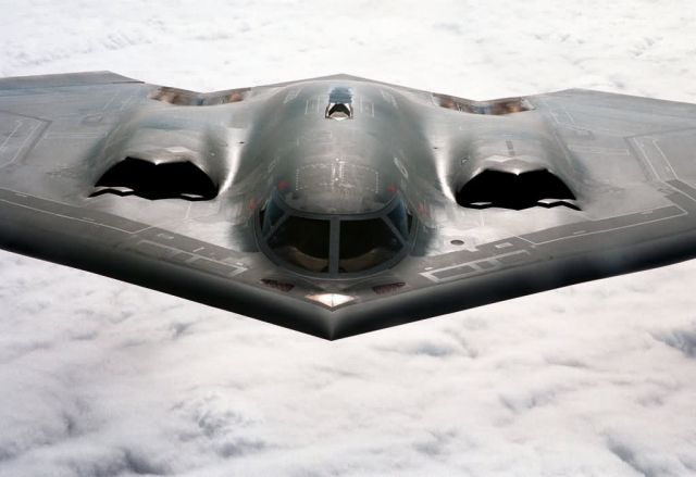 B-2 Spirit bomber - Kansas cruising Picture