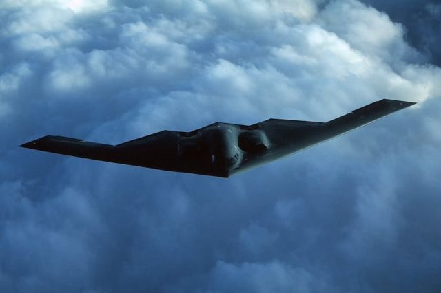 B-2 Spirit - Spirit in the blue sky Picture