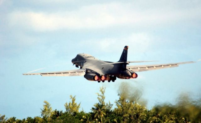 B-1B Lancer - Freedom run Picture