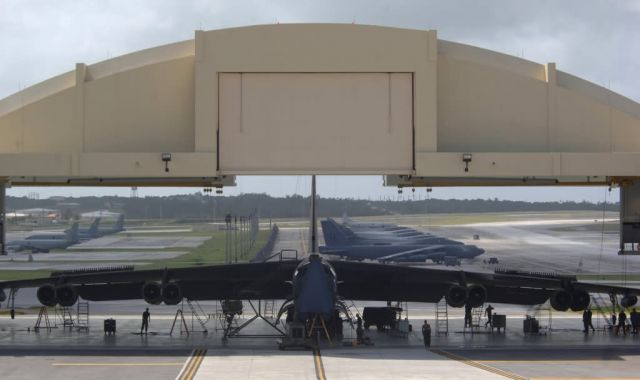 B-52 - Maintaining the fortress Picture