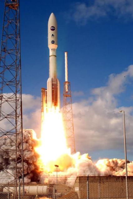 Atlas V rocket - Atlas V launch Picture