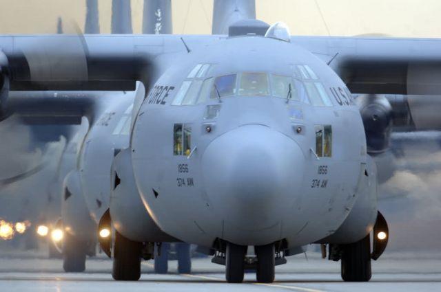 C-130 Hercules - Hercules row Picture