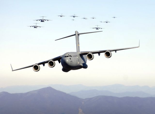 C-17 Globemaster III - C-17 record breaking flight Picture