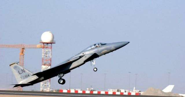 F-15 Strike Eagle - Performing in Dubai Picture